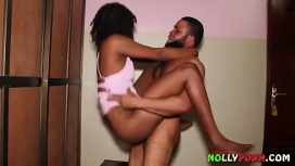 Nolly Porn – I Gave Her Nigerian Naira And Banged Her Hard After Dance Nollyporn African Movie