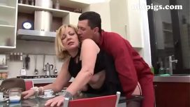 OldPigsX – Gardener Seduced By Mature Blonde For A Great Fuck In The Kitchen