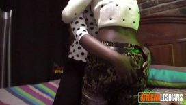 African Porn – African Lesbians Inserting Toys On Hidden Camera