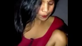 Indian Bhabhi Sucks Teen Boy'S Dick With Audio