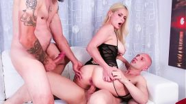 Casting Alla Italiana – Amateur Euro Hot Amateur Blonde Vittoria Dolce Butt Fucked In Trio