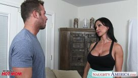 Naughty America – Superb Mom Jewels Jade Fucking A Sexy Stud