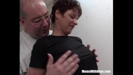 Moms With Boys – Mature Model Punished By Three Hard Cocks German Sex
