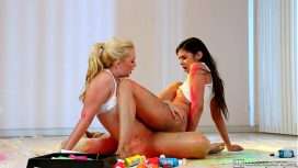Girls Way – Teen Lesbians Samantha Rone And Taylor Reed
