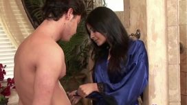 Seth Gamble – Asian Massage Babe Showers With Her Client  East Asia Movie