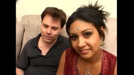 INDIAN DESIRE – Indian Pussy Travels To America Hindi Video