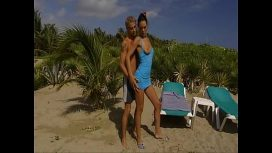 Cindy Black – Hot Anal On The Beach  American Video