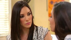 Girls Way – Busty Step Mom Jelena Jensen And Casey Calvert Italy Video