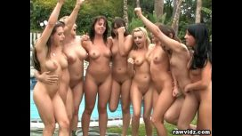 Raw Vidz – Group Lesbian Babes Party Outdoors